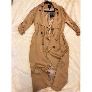 Long lightweight trench coat